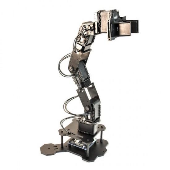 Kit bras robot PhantomX Pincher avec servomoteurs AX12 et adaptateur pour Leo Rover (non assemblé)
