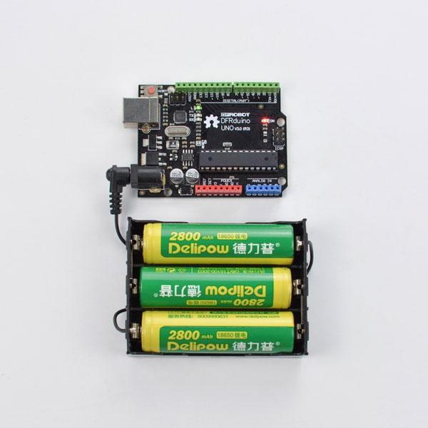 Support pour 3 batteries 18650 avec embout jack
