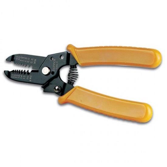 Pince à dénuder et couper les fils de différentes tailles