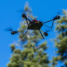 Bausatz für den Quadrocopter ELEV-8 V2