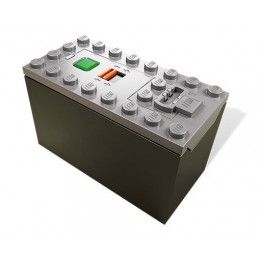Lego Power Functions box for 6 AAA batteries